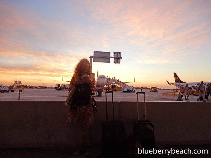 Zoé és Hugó a reptéren