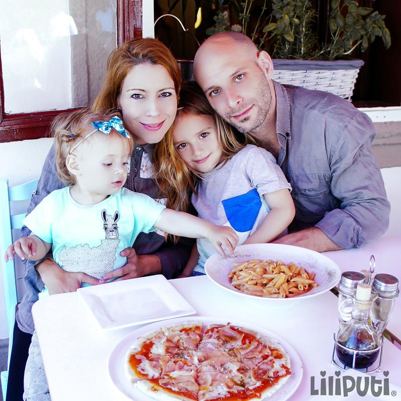 Krokovay Eszer és családja